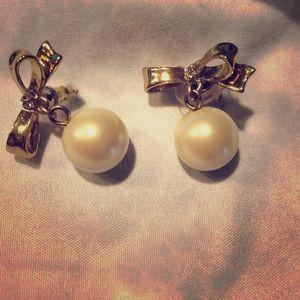 Kate Spade pearl bow earrings